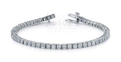 14Kt White Gold Classic Tennis Diamond Bracelet