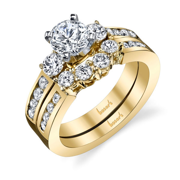 14Kt Yellow Gold Classic 3 Stone Diamond Engagement Ring