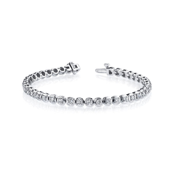 14Kt White Gold Classic Diamond Bracelet
