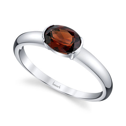 14kt White Gold Oval Pyrope Garnet Solitaire Ring