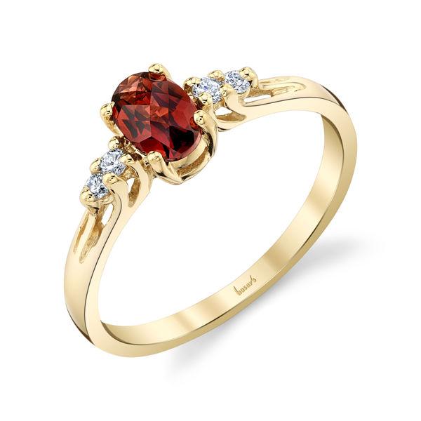 14kt Yellow Oval Garnet and Diamond Ring